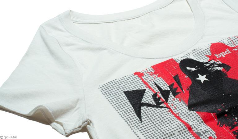 Rebel レディースTシャツ